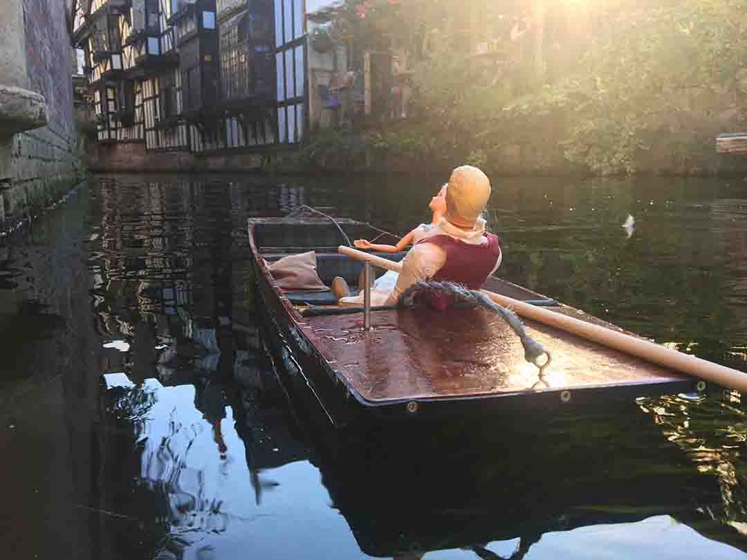Evening punting at Weavers