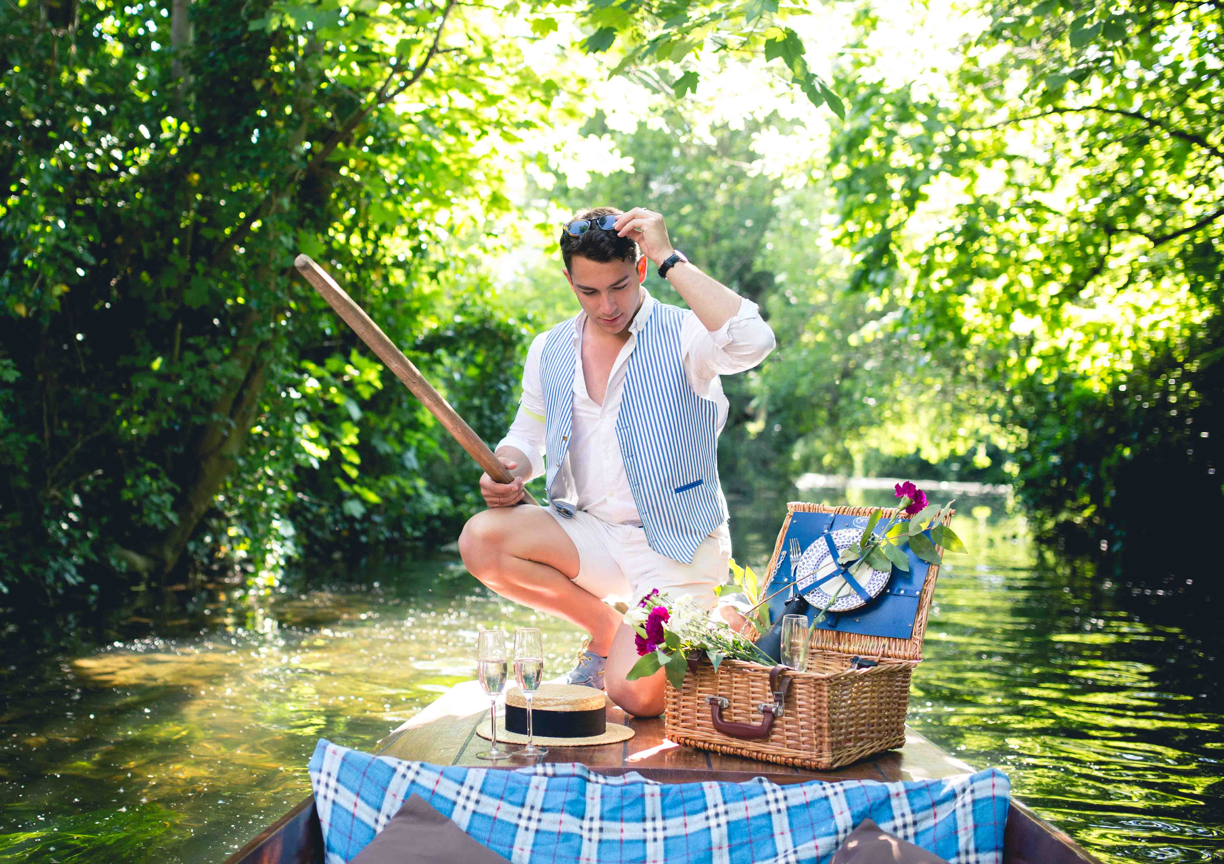 Punting with a picnic